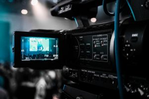 Read this before contracting with a  photographer or videography – 8 step guide